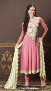 Beautiful-Color-Combination-in-Frock-Style