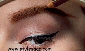 eyebrow make-up