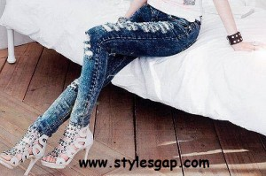 Latest Ladies Jeans Collection  (29)