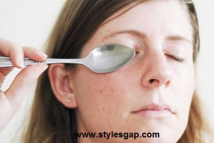 3 natural ways to get rid of dark circles-Stylesgap (5)