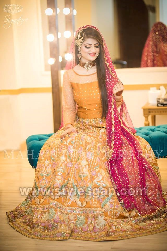 be60c54478 Top Pakistani & Asian Latest Bridal Mehndi Dresses Collection 2019-2020
