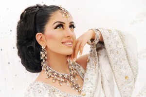 Best Bridal Makeup-Stylesgap (1)