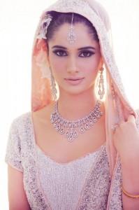 Best Bridal Makeup-Stylesgap (14)