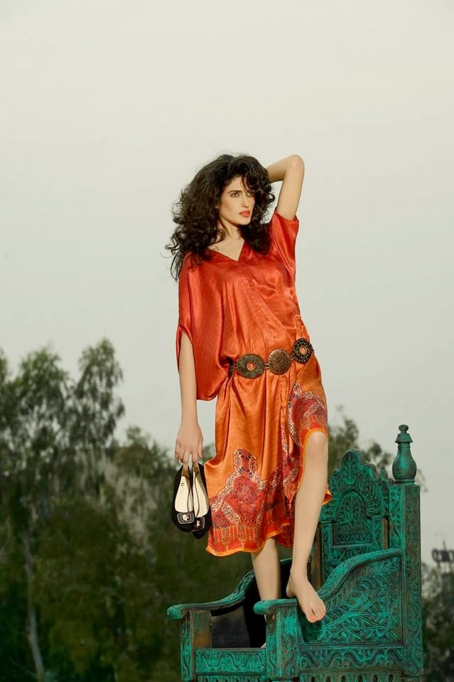 Latest Designs Of Women Shoes By Firdous Concept (12)