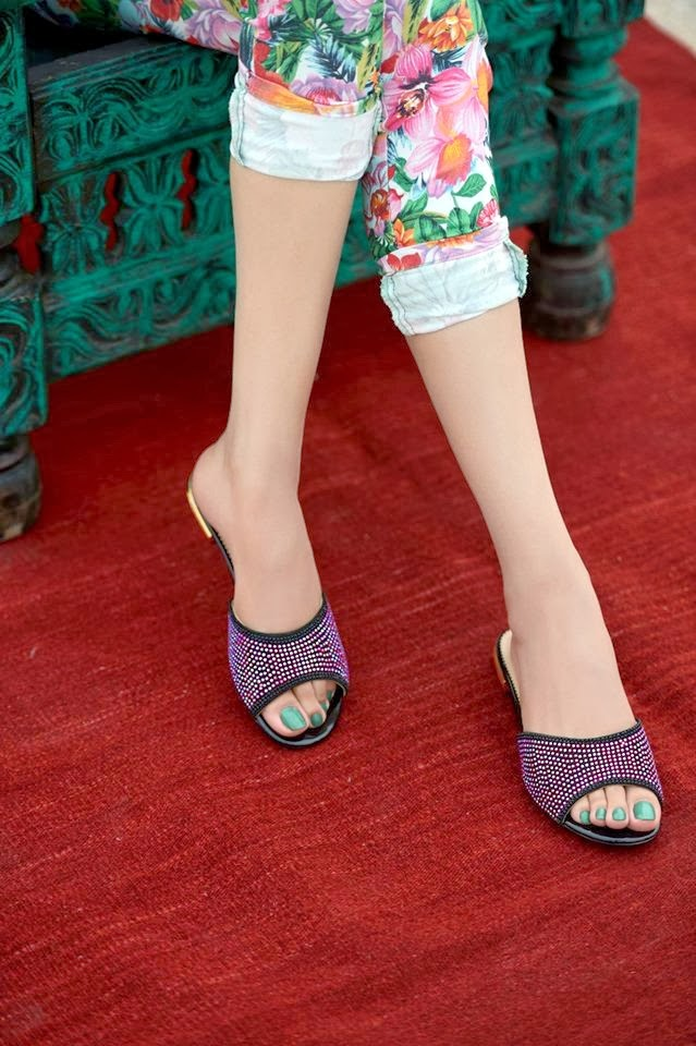 Latest Designs Of Women Shoes By Firdous Concept (13)