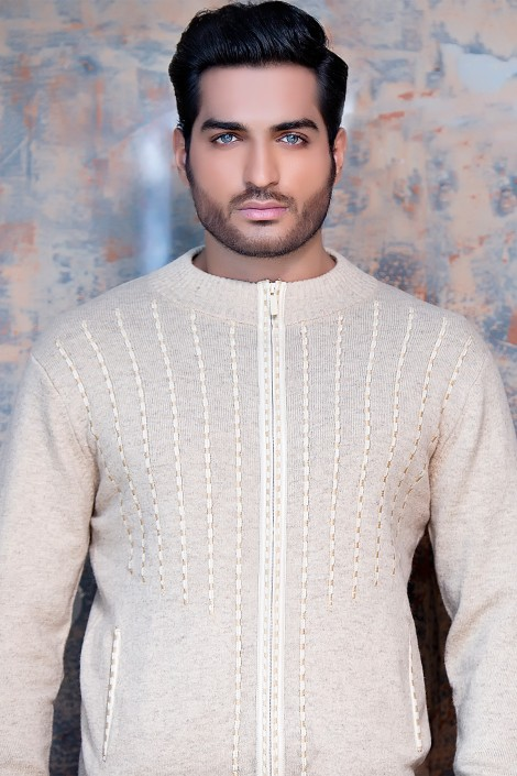 Latest Winter Outfits Sweaters For Men Women 2017 2018: Latest Winter Outfits & Sweaters For Men Women 2017-2018