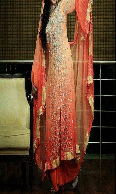 Latest Bridal dresses for Barat, Mehndi and Walima (1)