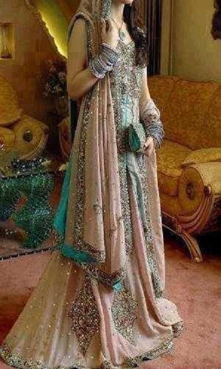 Latest Bridal dresses for Barat, Mehndi and Walima (14)