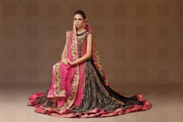 Latest Bridal dresses for Barat, Mehndi and Walima (4)