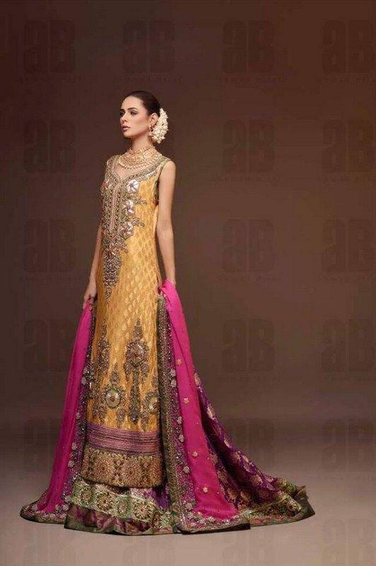 Latest Bridal dresses for Barat, Mehndi and Walima (5)