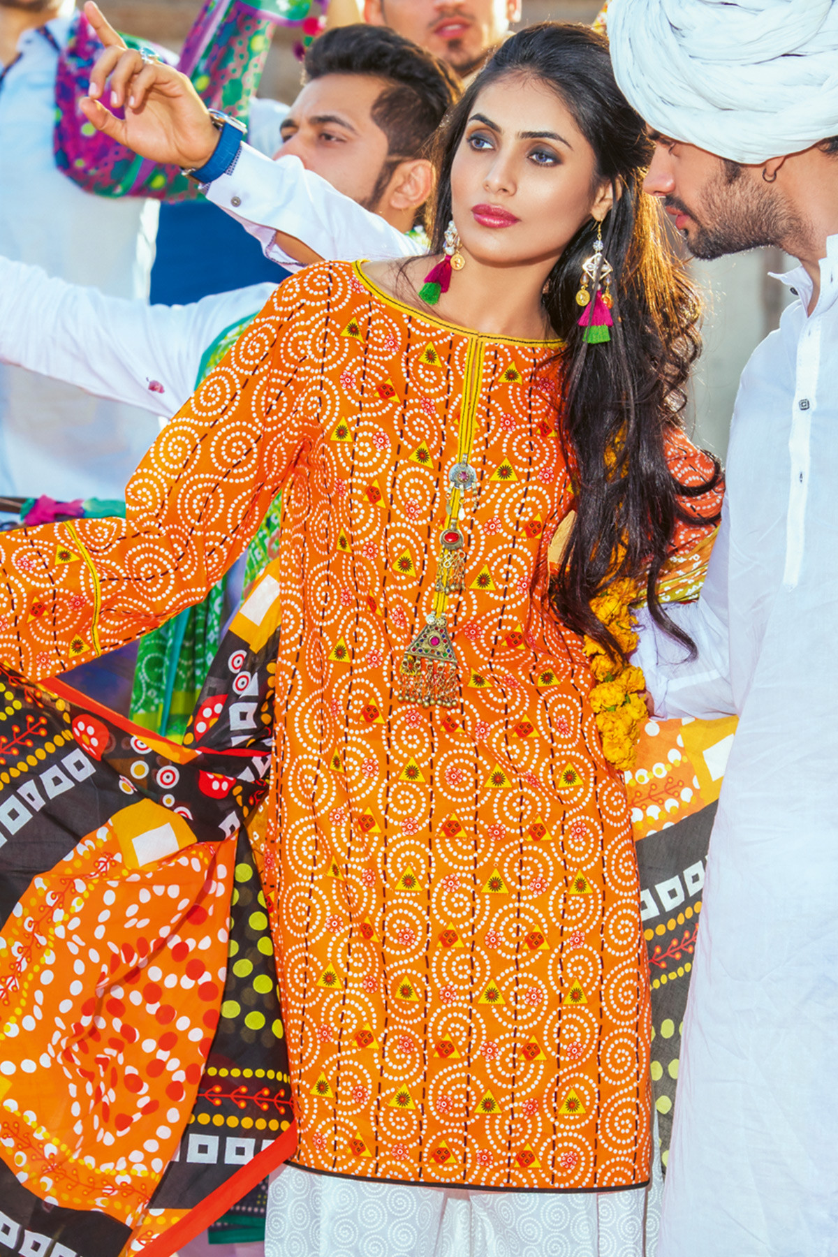 Gul Ahmed Chunri Printed Summer Lawn Dresses Designs 2017-2018 (3)