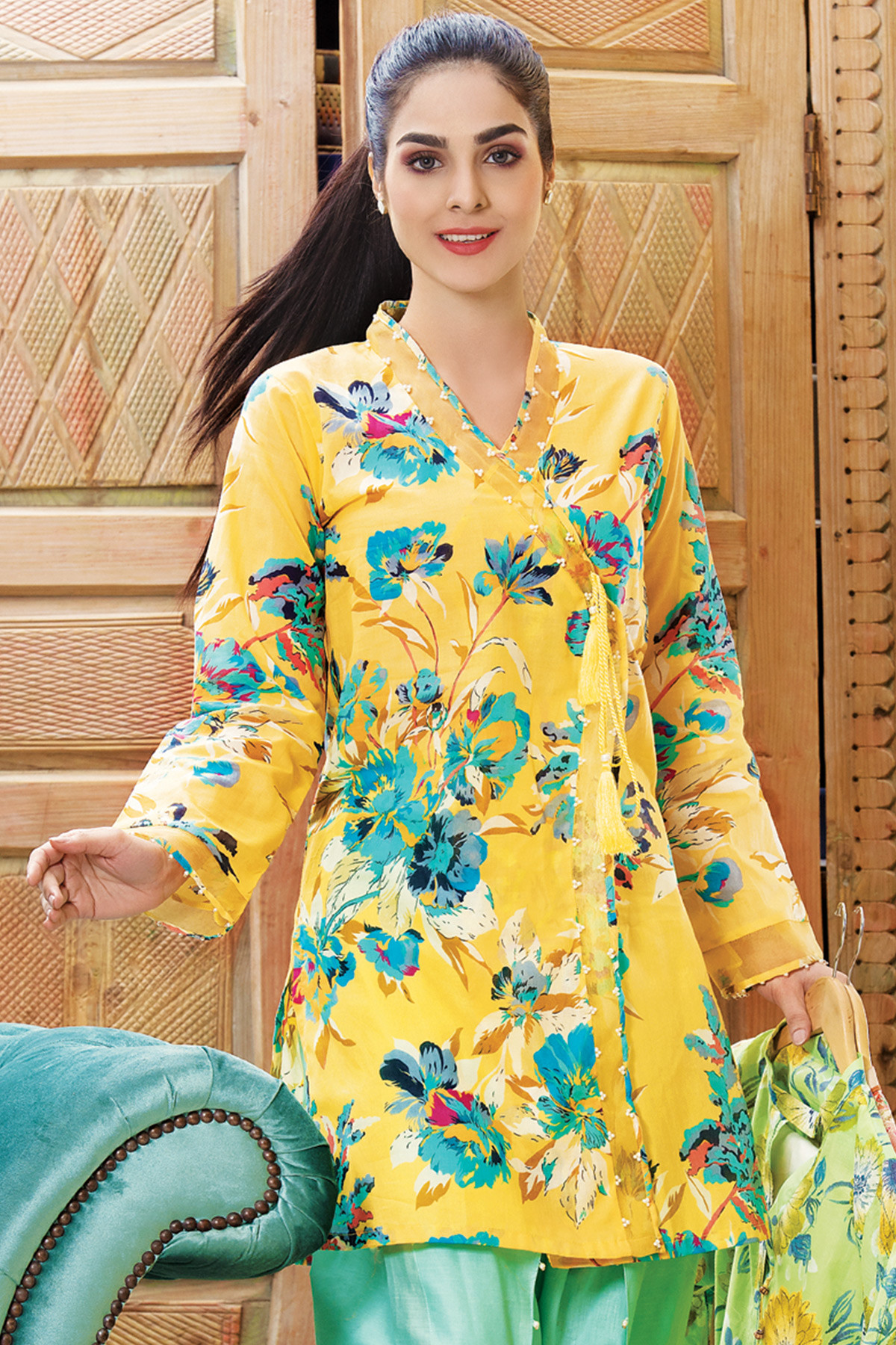 Gul Ahmed Digital Printed Summer Lawn Dresses & Kurtis Designs 2017-2018 (3)