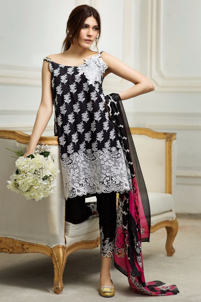 Sana Safinaz Best Summer Lawn Dresses Latest Printed Embroidered Collection 2017-2018 (1)