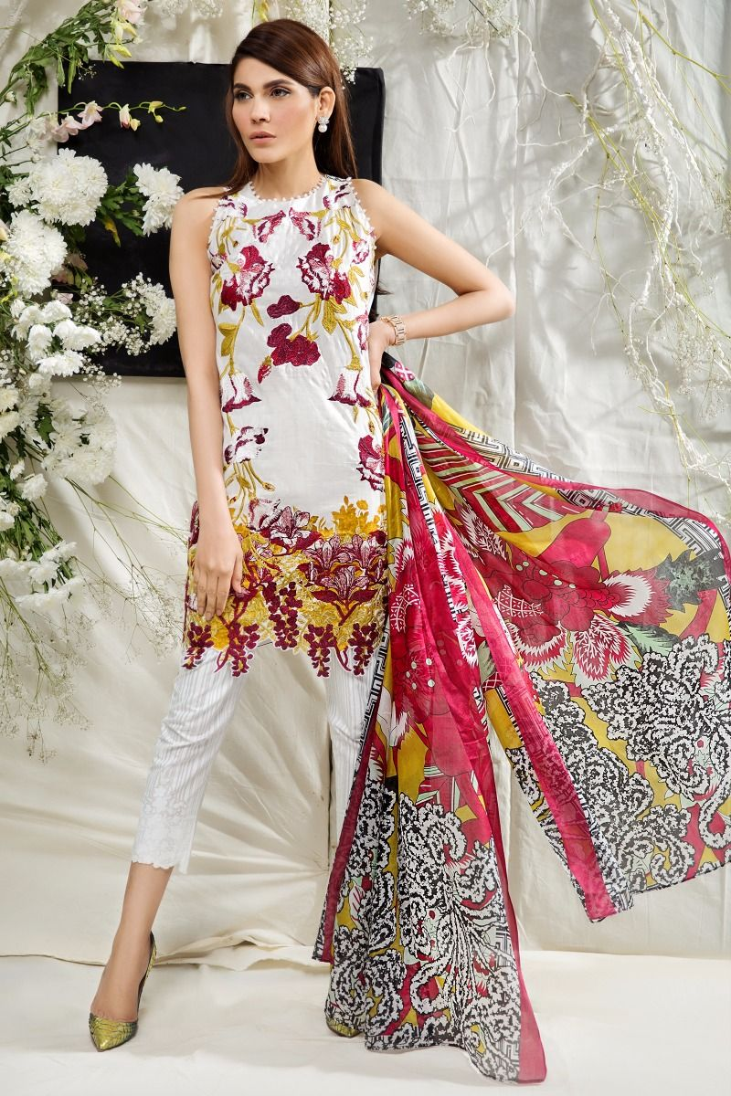 Sana Safinaz Best Summer Lawn Dresses Latest Printed Embroidered Collection 2017-2018 (11)