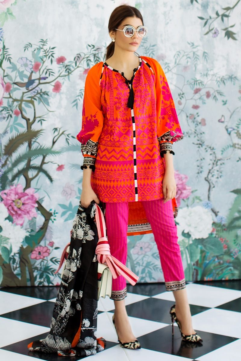 Sana Safinaz Best Summer Lawn Dresses Latest Printed Embroidered Collection 2017-2018 (18)
