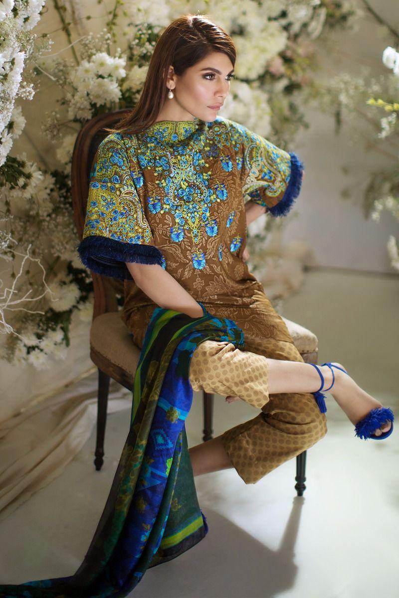 Sana Safinaz Best Summer Lawn Dresses Latest Collection