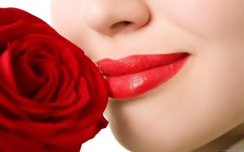 Top and easy Natural Ways To Get Healthy Pink rosy lips in every season (2)
