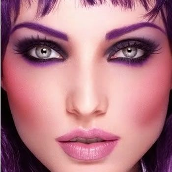Hot and Bold Makeup Ideas To Try- www.stylesgap.com