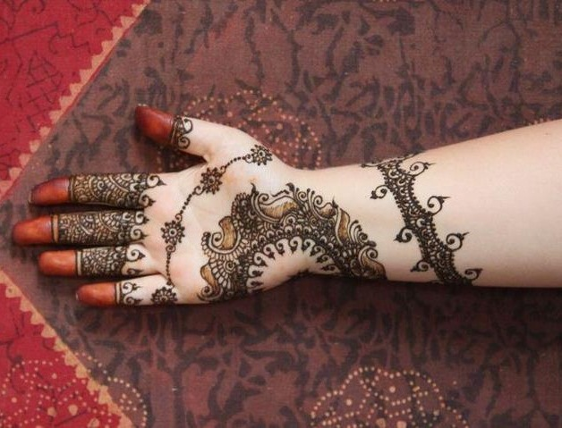 Latest Best and Beautiful mehndi designs for hands-feet for women 2014-2015 (10)