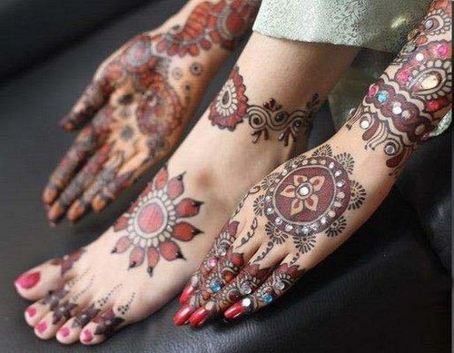 Latest Best and Beautiful mehndi designs for hands-feet for women 2014-2015 (17)