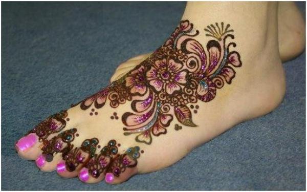 Latest Best and Beautiful mehndi designs for hands-feet for women 2014-2015 (19)