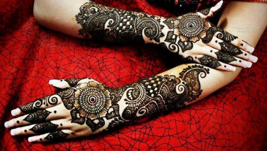 Latest Best and Beautiful mehndi designs for hands-feet for women 2014-2015 (8)