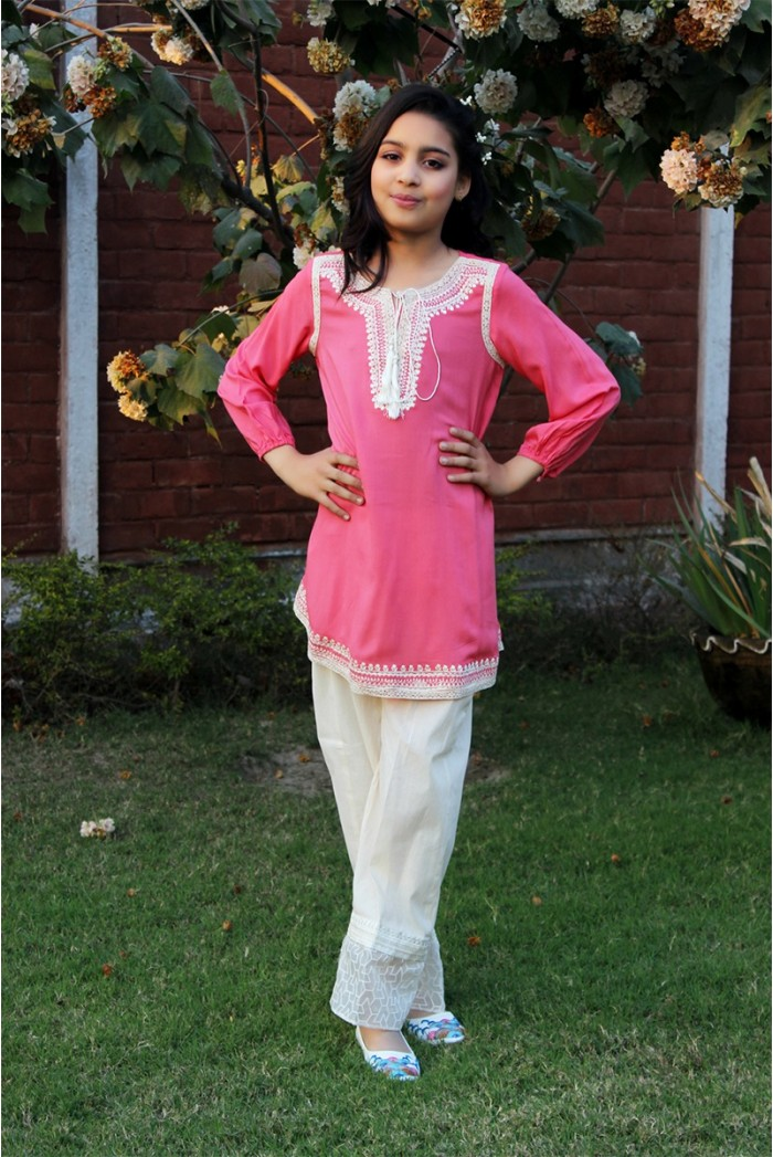 Latest Collection Maria B Fancy Kids Dresses Designs for Girls 2016-2017 (3)