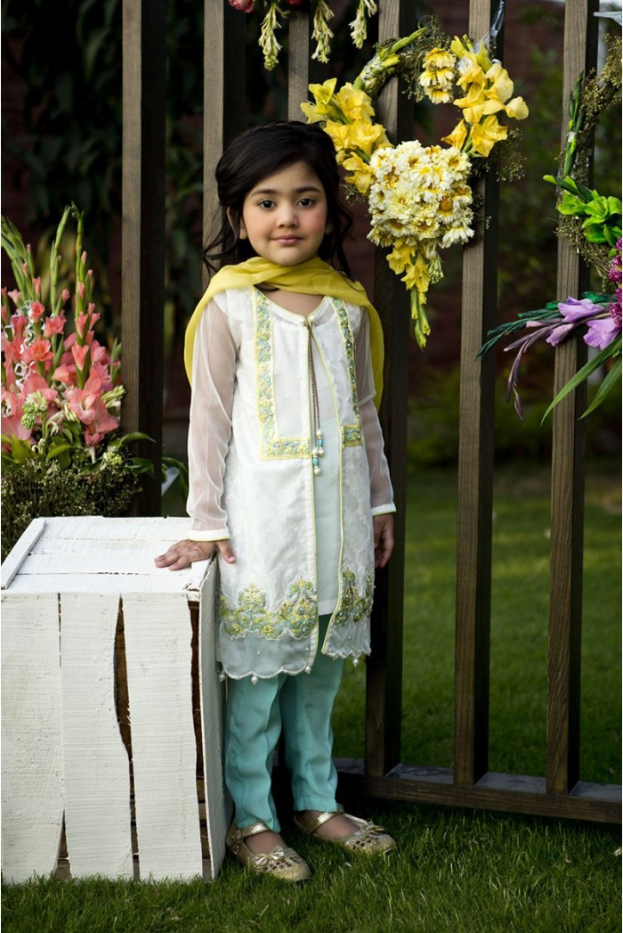 Latest Collection Maria B Fancy Kids Dresses Designs for Girls 2016-2017 (9)