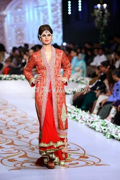 Deepak Perwani Latest Bridal-wedding wear dressescollection for men and women at Pantane Bridal Couture week 2014  (14)