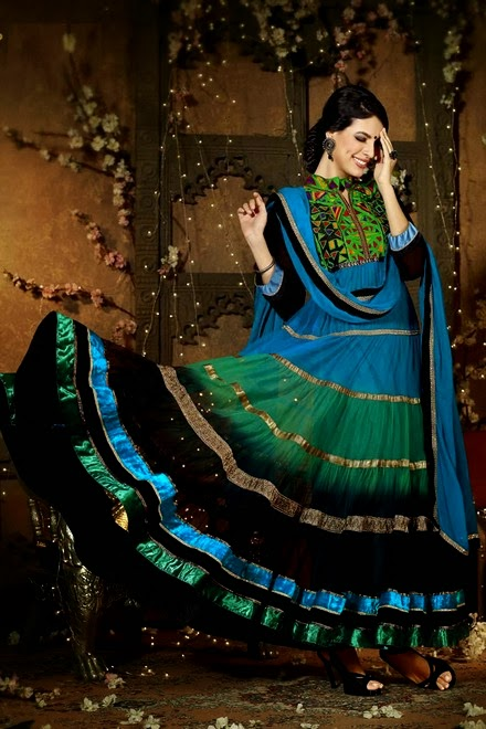 Latest Stylish Embroidered Designer Anarkali frocks fancy Pishwas Dress Designs for women 2014-2015 (10)