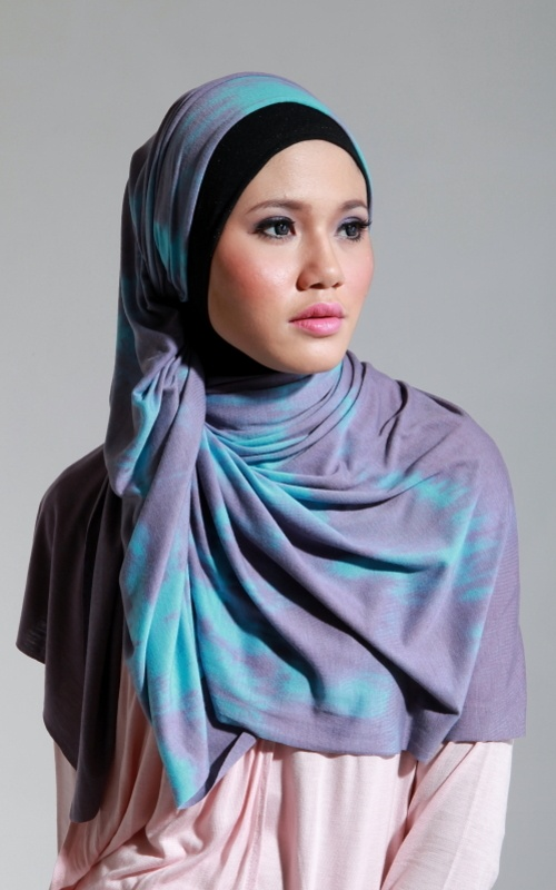 Latest fashion Hijab Styles and Scarf designs for women 2014-2015 (1)