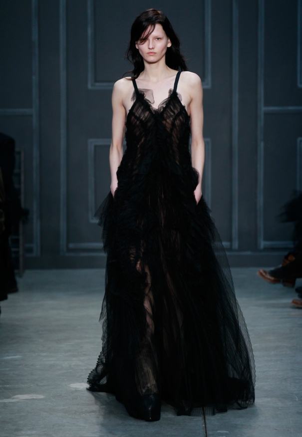 Vera Wang Fall Bridal Collection 2014-2015  Black color Wedding Dresses For Women  (4)