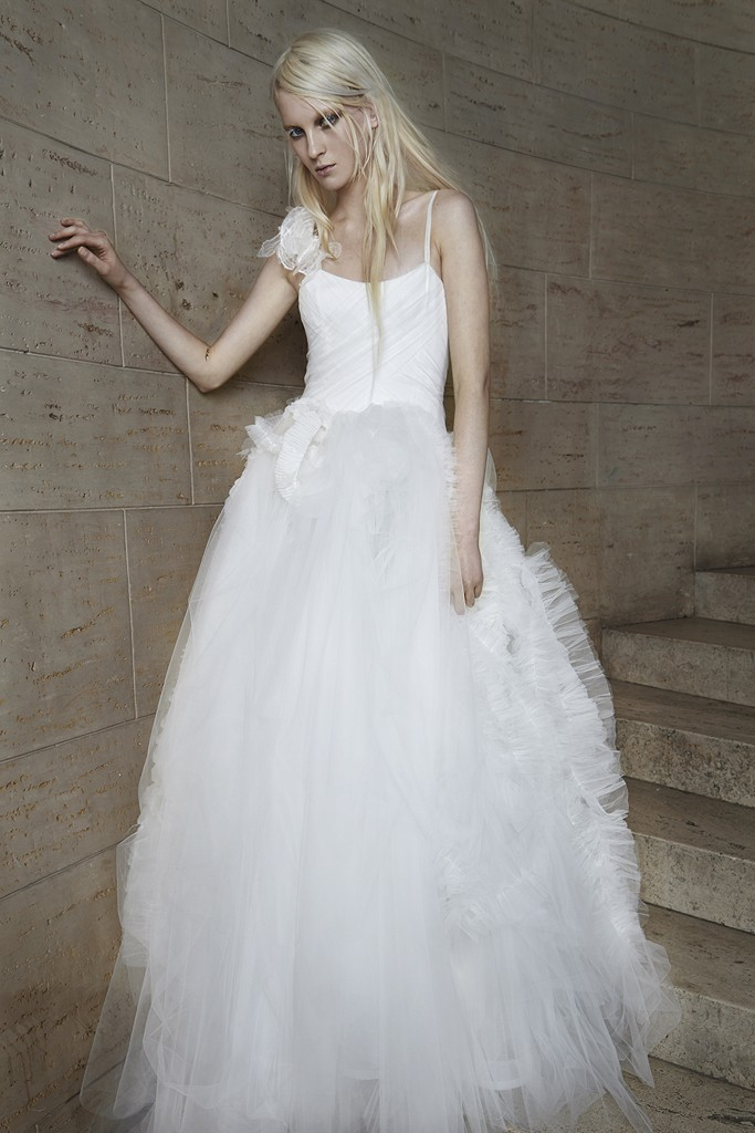 Vera wang Spring Bridal Collection 2014-2015 Wjhite wedding dresses (4)