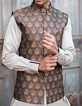 Arsalan Iqbal Men Festive Collection 2016-2017  Kurta Shalwar & Waist Coat Designs (3)