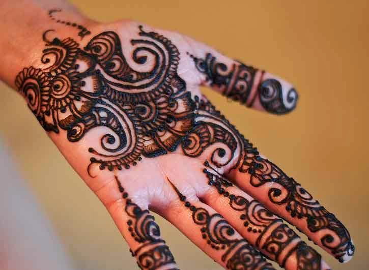 Latest Eid Mehndi Designs Collection for Girls 2014-2015 (14)