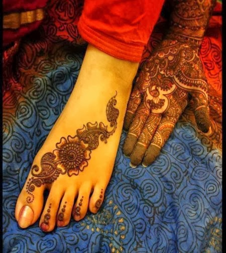 Latest Eid Mehndi Designs Collection for Girls 2014-2015 (17)