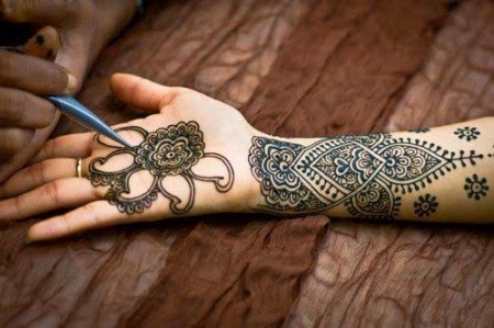 Latest Eid Mehndi Designs Collection for Girls 2014-2015 (18)