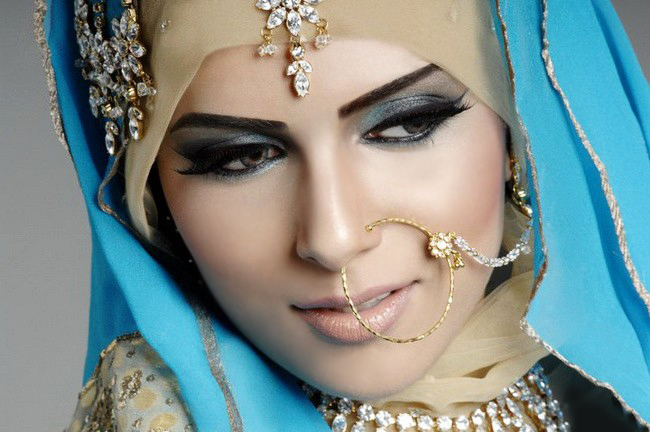 New Arabic bridal Dresses collection and hijabs for Muslim Women 2014-2015 (13)