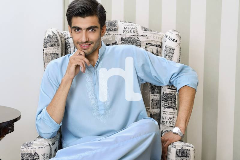 NAQSH Stylish and Decent Men Kurta and Shalwar Kameez Latest Collection for Men by Nishat Linen