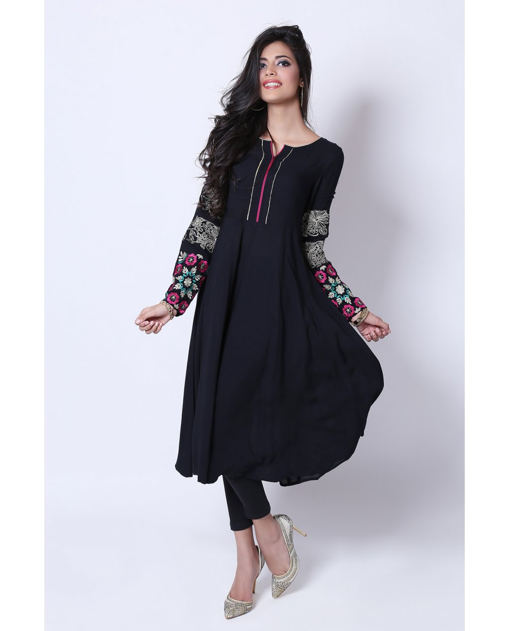 18fd7946f8 Stock your formal wardrobe with these decent and chic shirts and Kurtis  this season. Make your Event? Eid will more colorful and stylish by wearing  these ...