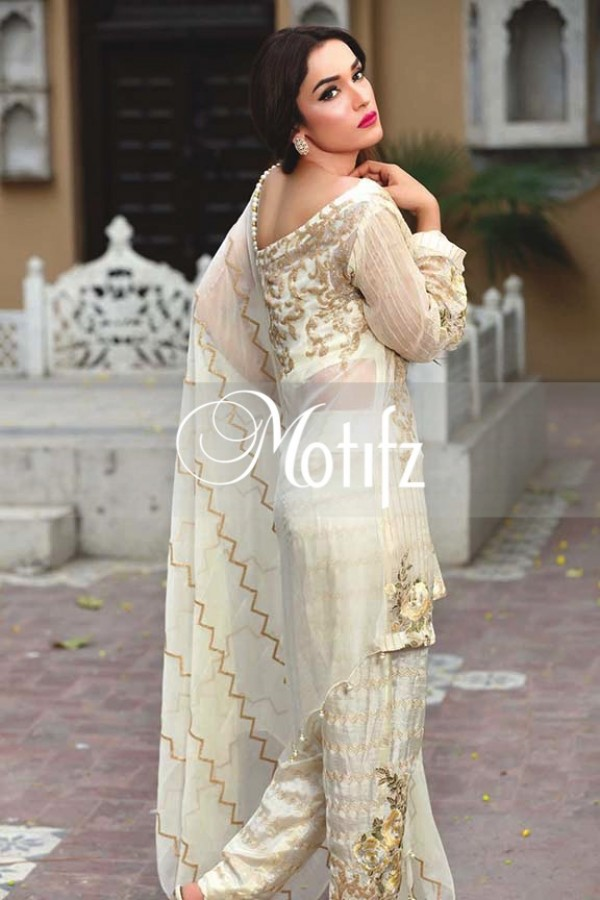 Motifz Embroidered Crinkle Chiffon Dresses Best Eid Collection 2016-2017 (10)