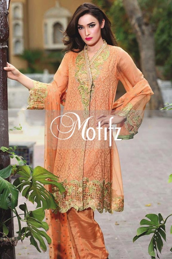 Motifz Embroidered Crinkle Chiffon Dresses Best Eid Collection 2016-2017 (3)
