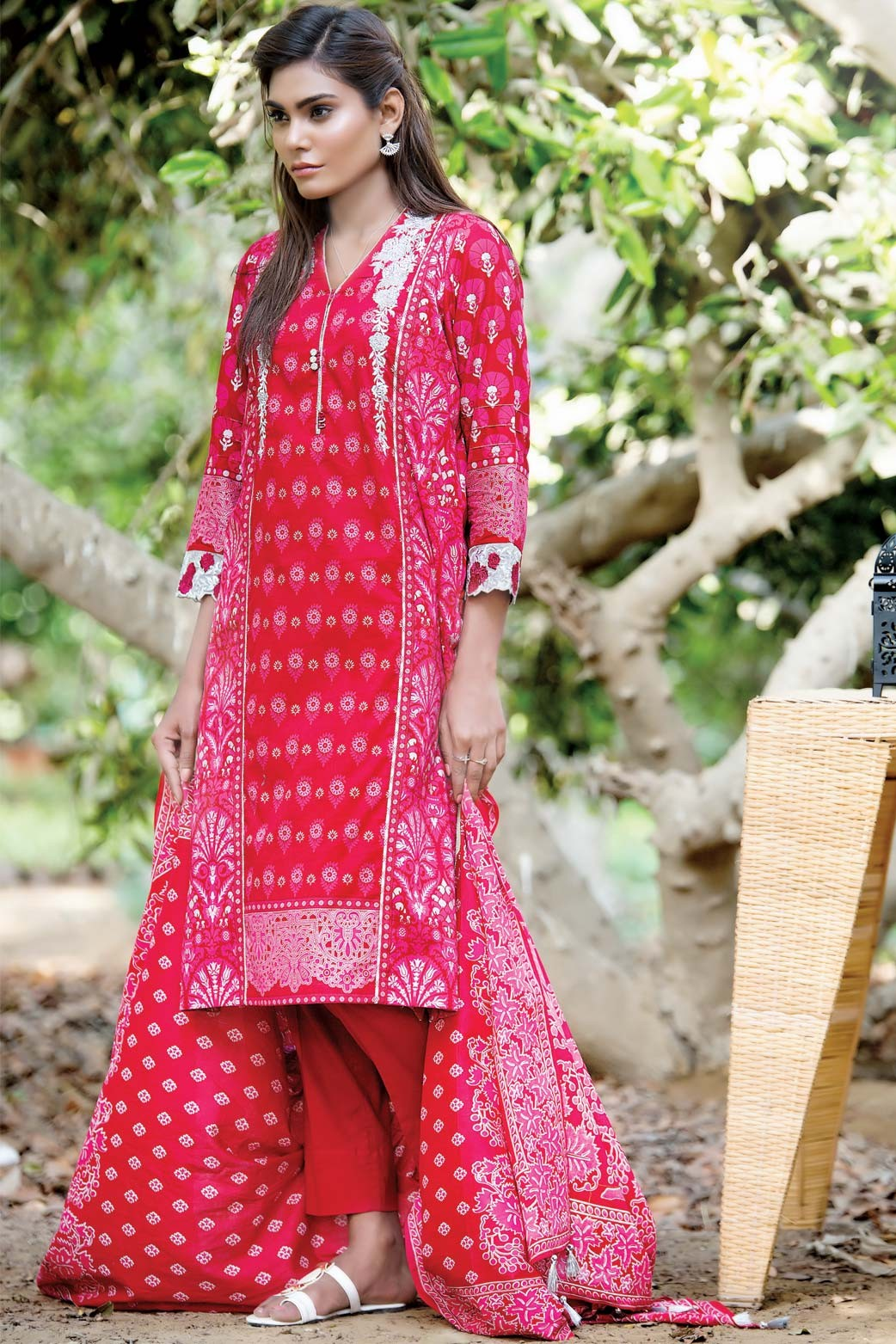 Zeen Embroidered Eid Luxurious Collection 2016-2017 for Women (11)