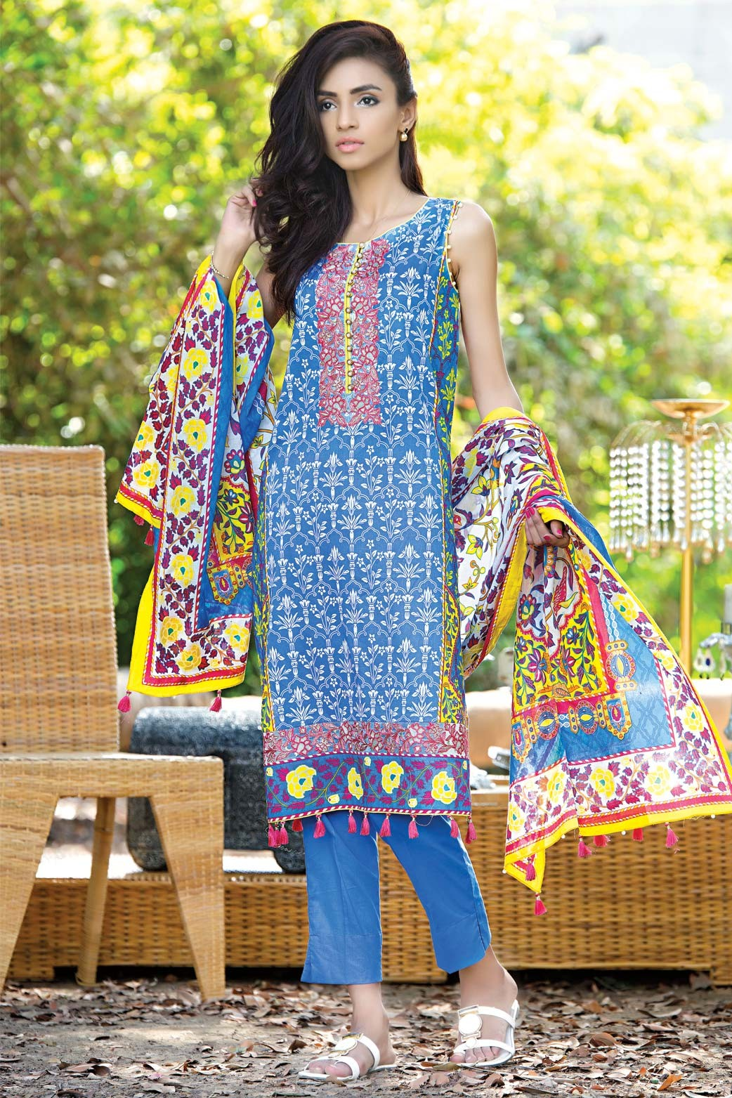 Zeen Embroidered Eid Luxurious Collection 2016-2017 for Women (14)