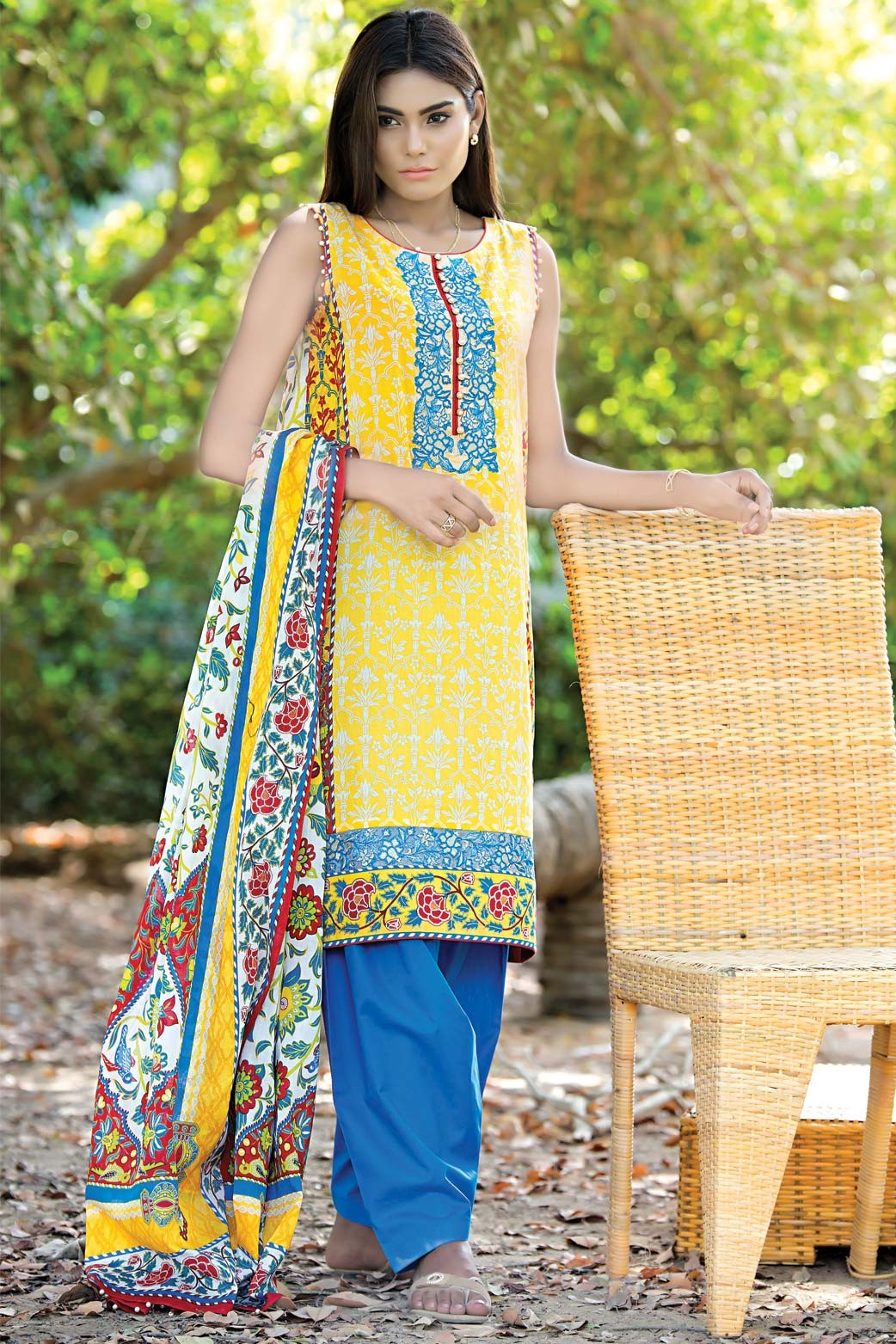 Zeen Embroidered Eid Luxurious Collection 2016-2017 for Women (15)