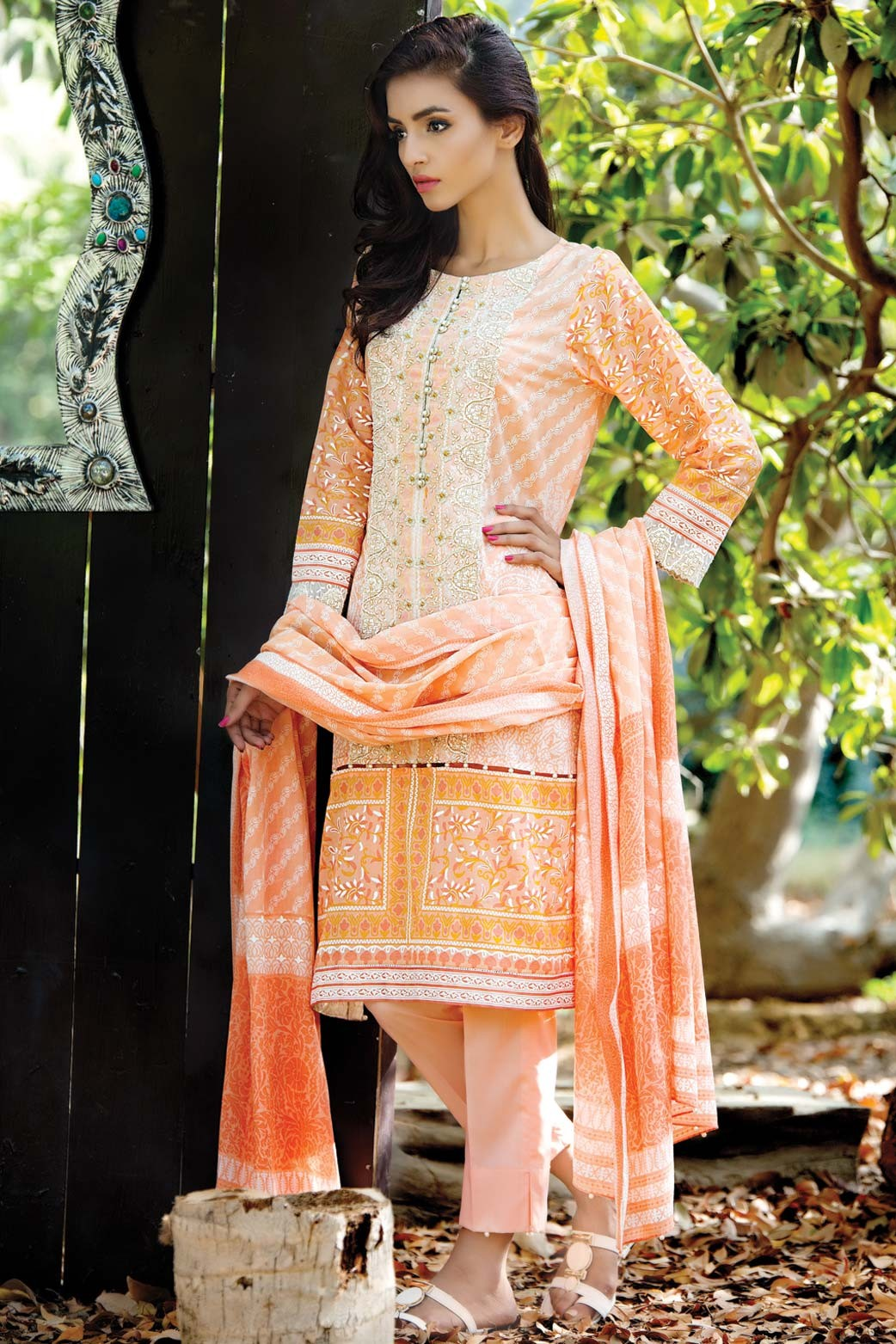 Zeen Embroidered Eid Luxurious Collection 2016-2017 for Women (4)