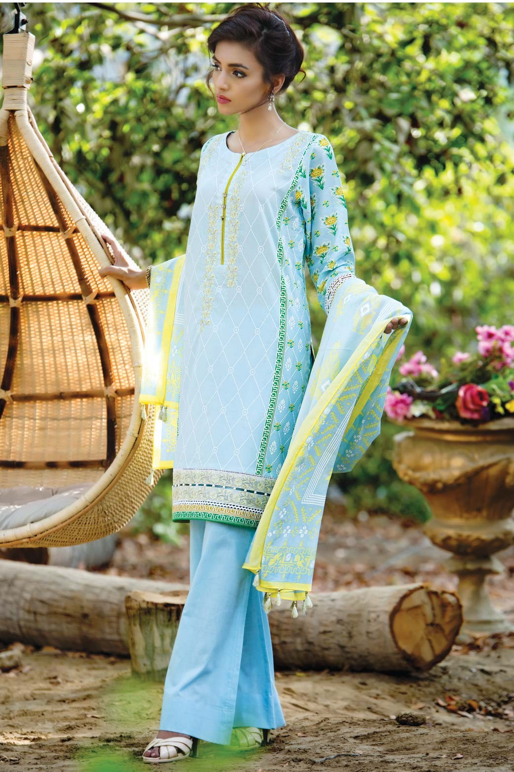 Zeen Embroidered Eid Luxurious Collection 2016-2017 for Women (6)