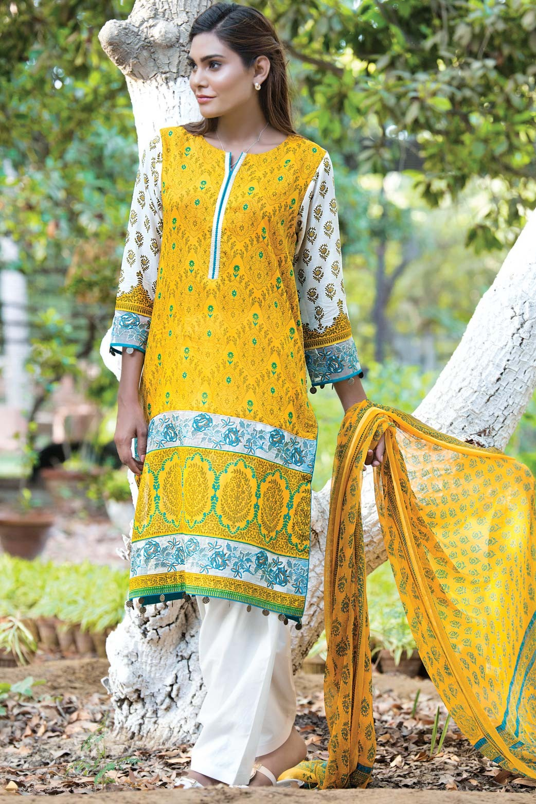 Zeen Embroidered Eid Luxurious Collection 2016-2017 for Women (9)