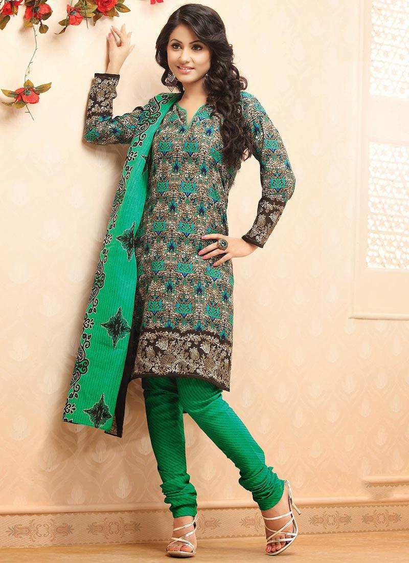 Latest Fashion of Designer Punjabi Dresses & Patiala Salwar Kameez Suits for Women (11)