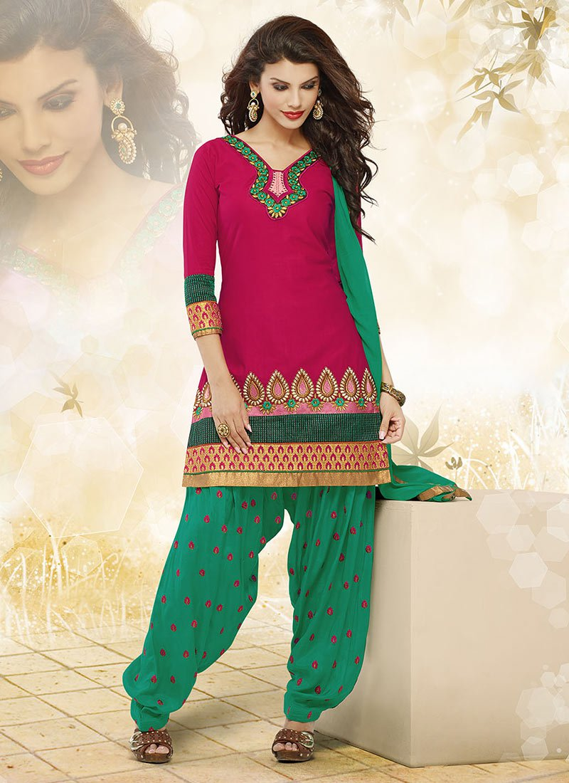 Latest Fashion of Designer Punjabi Dresses & Patiala Salwar Kameez Suits for Women (12)